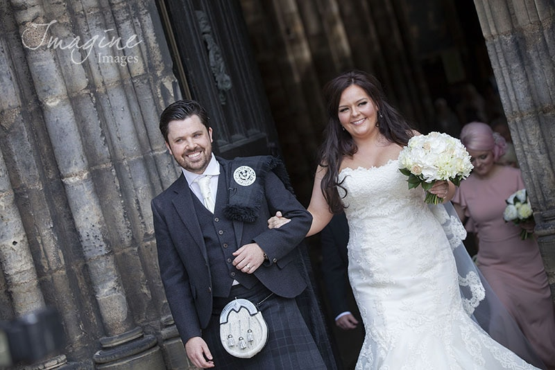 01/08/14 ST MUNGO'S CATHEDRAL - GLASGOW Roxanne and Stephen